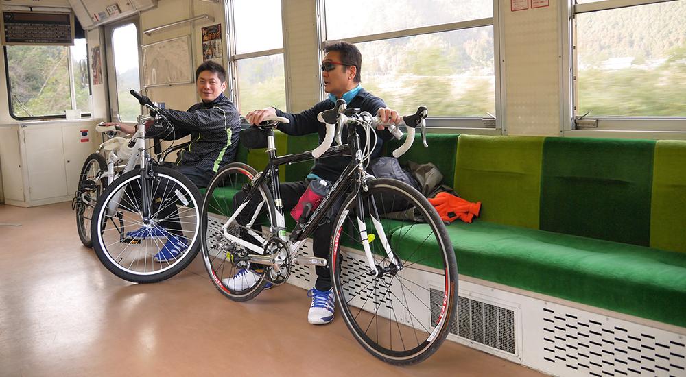 サイクリング列車の様子